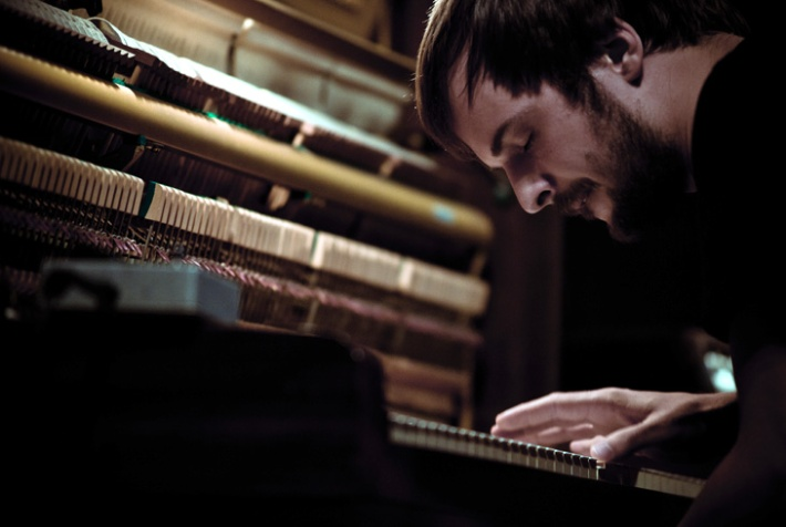 Nils Frahm live in Japan. Photo by Ryo Mitamura